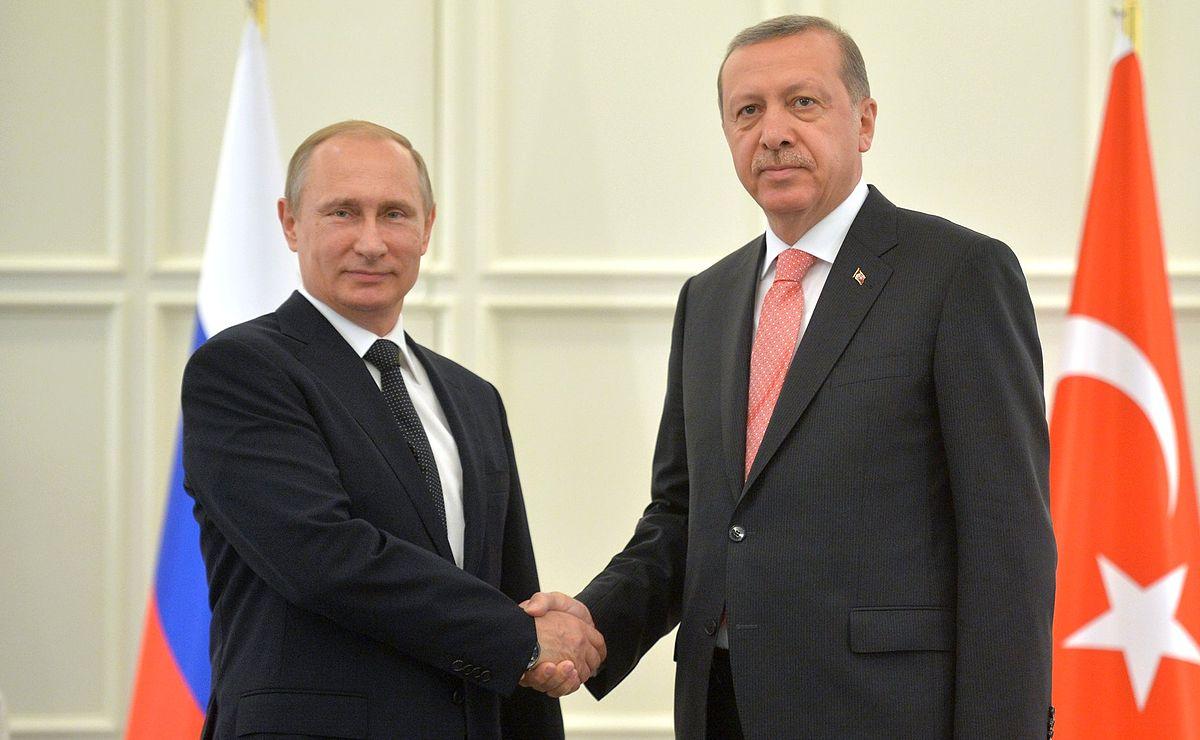 1200px-Vladimir_Putin_and_Recep_Tayyip_Erdoğan_2015-06-13_5